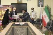 دیدار مدیرکلکانون پرورشفکری آذربایجانغربی با خانوادهشهدا در هفته دفاعمقدس