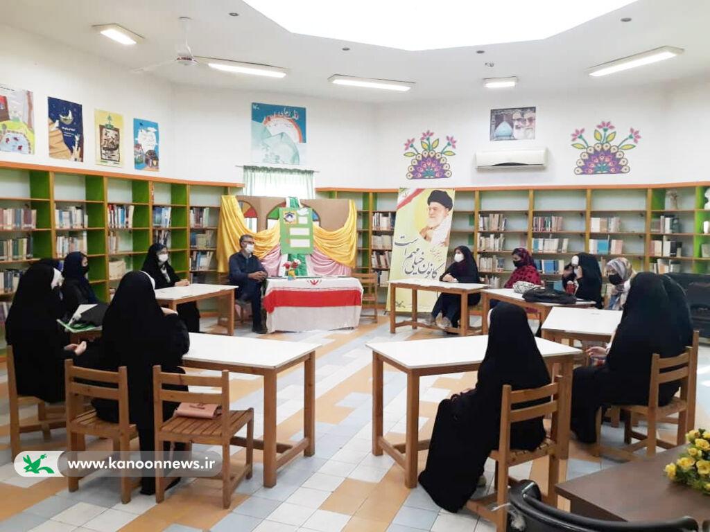 بزرگداشت هفته وحدت در مرکز فرهنگی هنری کانون آزادشهر