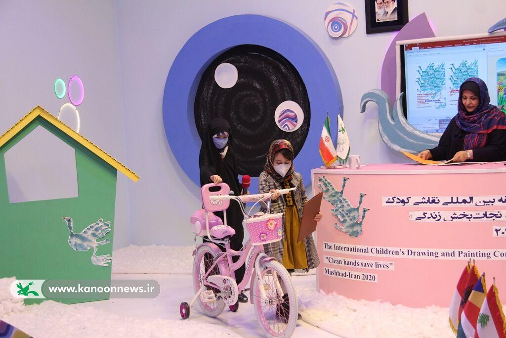 """اختتامیه مسابقه بینالمللی نقاشی کودک """"دستهای پاک، نجات بخش زندگی"""" برگزار شد"""