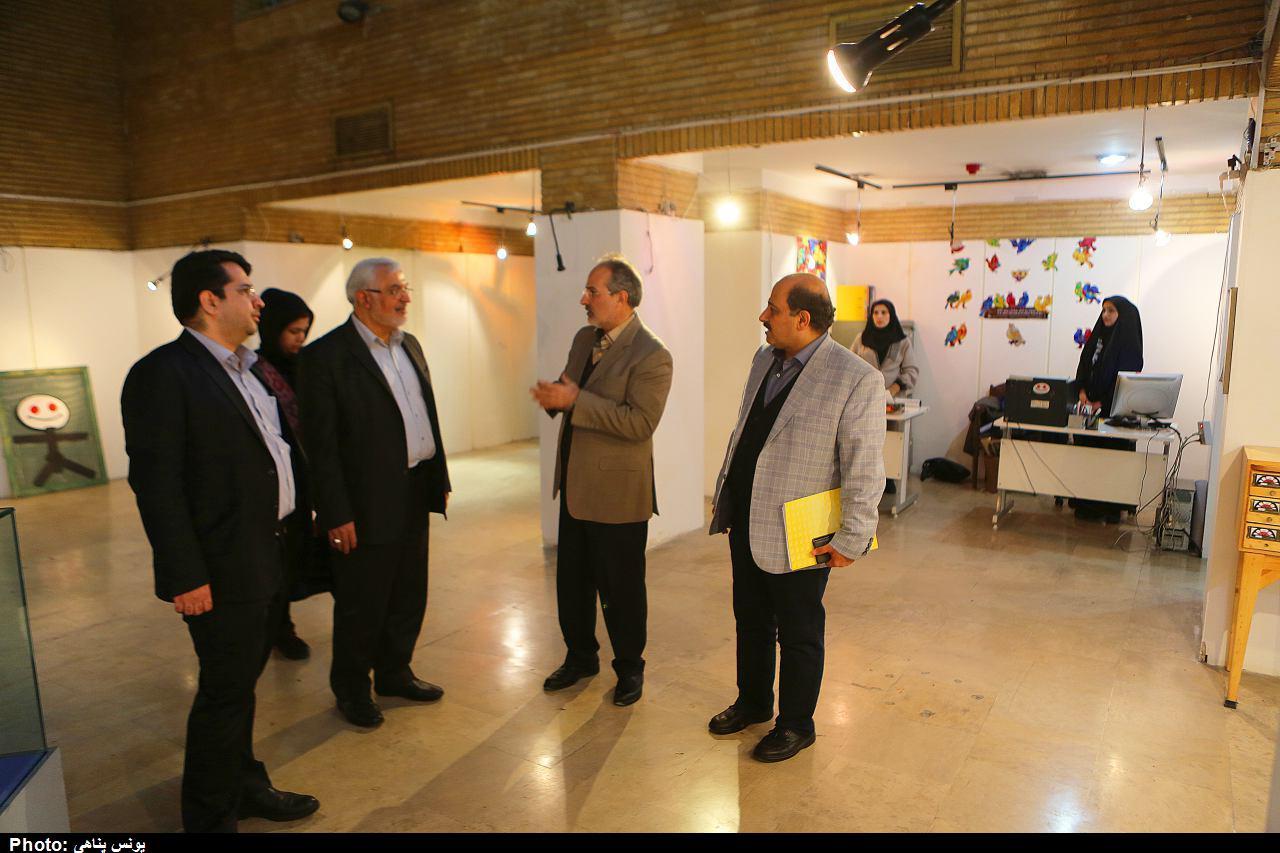 ديدار مديرعامل کانون با هيات انتخاب دهمين جشنواره پويانمايي
