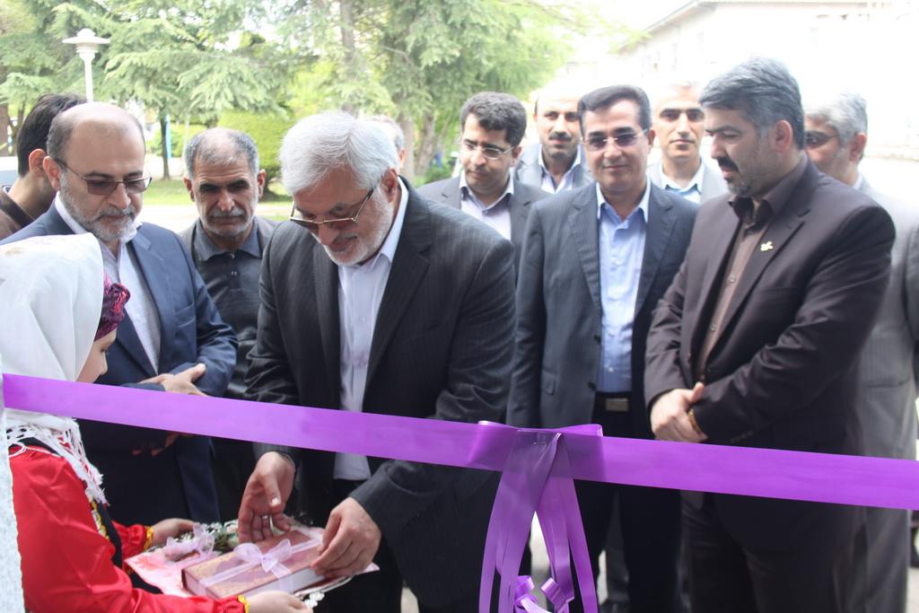 افتتاح نخستین مرکز عرضه تولیدات کانون در لاهیجان