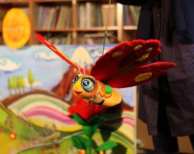 «راز گل سرخ» کانون به جشنواره نمایش عروسکی تهران مبارک راه یافت