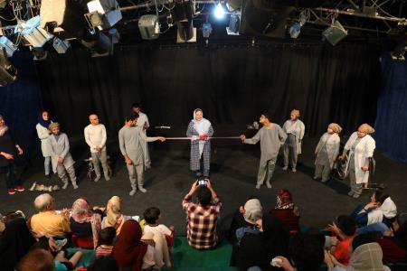 نمایش «پرنده و فیل» با حضور هنرمندان در مرکز تئاتر کانون