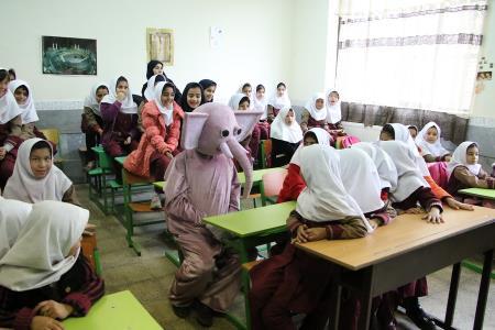 اجرای طرح «تئاتر مدرسه» در مدارس تهران