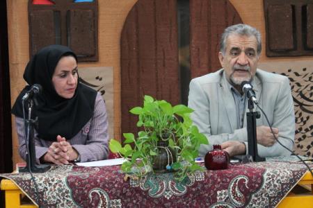 نشست ادبی دو پنجره استان خوزستان در کانون پرورش فکری برگزار شد