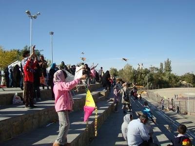 جشنواره یک هفته با کانون استان همدان