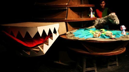 """اجرای نمایش عروسکی """"خداحافظ راکون پیر"""" در جشنواره تئاتر کودکان تونس"""