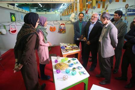 عرضهی آثار دستساز اعضای مراکز کانون تهران