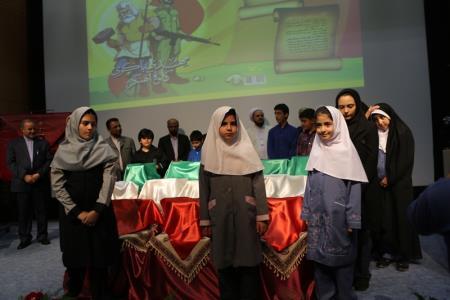 رونمایی از نوشت افزارهای کانون با طرح های  ایرانی و اسلامی