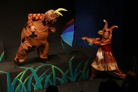 لوح تقدیر جشنواره تئاتر فجر برای دو نمایش کانون